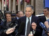 Consumer advocate Nader starts presidential bid | Reuters